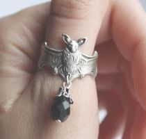 Bat ring by Pinkabsinthe