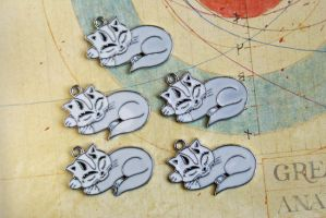 Sleepy Kitty Cat Charms by MonsterBrandCrafts