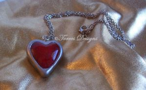 Heart Container Pendant Necklace ZELDA by TorresDesigns