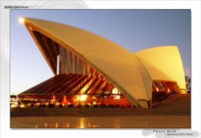 Sydney Opera House by PhotoMaD