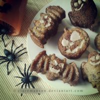 Banana and Cinnamon Halloween Cakes by claremanson