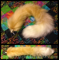 24'' Fox Tail by MythsFlight