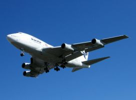 Iranair B747SP EP-IAB by captainflynn