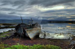 Mull Shore by ThomBruhn