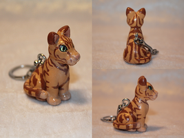 COMMISSION - Maya - personalized kitty key ring by AnimalisCreations