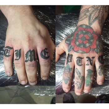 Knuckle tattoo by genotas