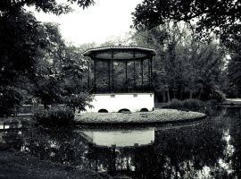 Bandstand by T0XICboy