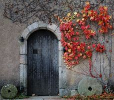 Door to Autumn by aberdeen-loon