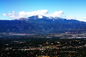 Pikes Peak by billcronin