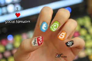 Social Network Manicure by Mrawi-Chan