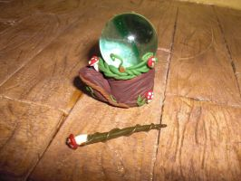 MIniature magic ball and wand by elbuhocosturero