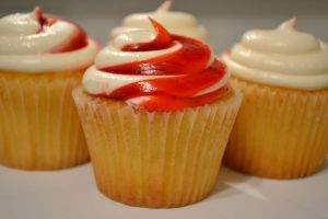strawberry shortcake cupcakes by jeanbeanxoxo