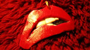 Rocky Horror Lips 3 necklace by missfit1023