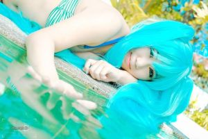Summer ~ Miku Hatsune by AEimAginE