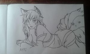 Ahri by Eyrai