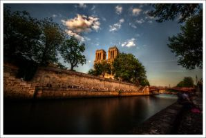 Paris: The Picnic by Graphylight