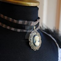 Victorian Cameo Choker in Beig by RagDolliesMadhouse
