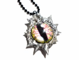 Collier Oeil et Etain/Tin Eye Necklace by glo0bule
