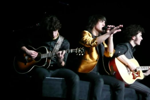 Jonas Brothers by private-tender