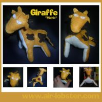 Michio the Giraffe by airlobster