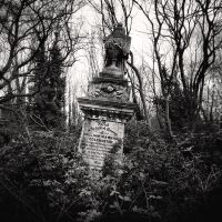Highgate Cemetery III by Jez92