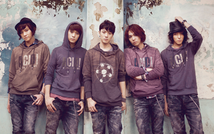 FT ISLAND Wall by singthistune