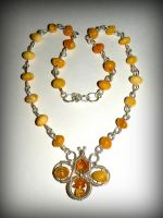 Amber-bee necklace by marsvar