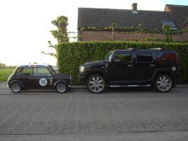 My Mini vs Hummer H2 by Sen007