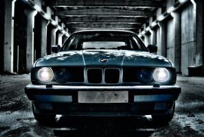 BMW 525i 1990 - Front - v2 by netrex