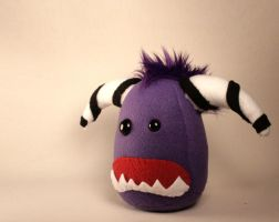 Mongo the Monster Plushie by Saint-Angel