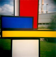 Bauhaus-colors by Sasuna