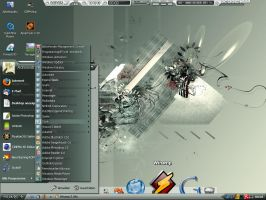 DeviantART customized desktop by AzzzRAEL