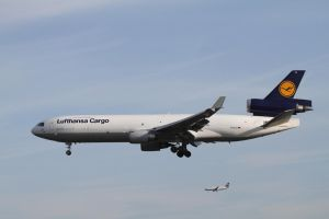McDonnell Douglas MD-11F by PlaneSpotterJanB
