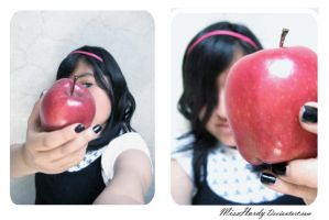 Red Apple by MissHardy