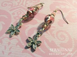 Flower Earrings by Seralunai