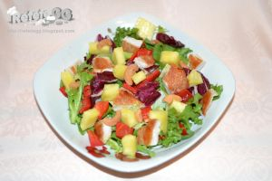 Chicken and pineapple salad by DanutzaP