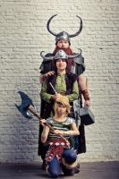 How to Train your Dragon - Family Portrait by haricovert-cosplay