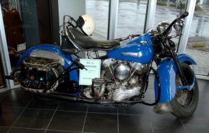 1947 FL Knucklehead by Caveman1a