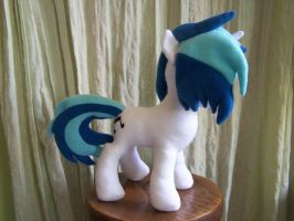 Vinyl Scratch Done~Side view by WhiteAntCrawls