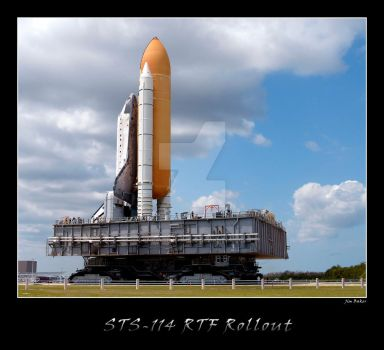 STS-114 Rollout by OpticaLLightspeed
