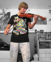 Me and tha violin by AspendingKills