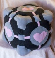 Weighted Companion Cube by theshaggyturtle