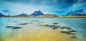 Lofoten Lake 2 by cwaddell