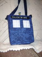95: Portable TARDIS v2.0 by CrazyFoxMoon