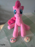 *END* BIG PINKIE PIE AUCTION! EBAY! by lemonkylie