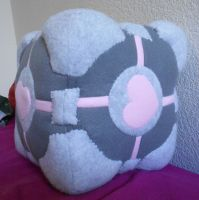Companion Cube by radtastical