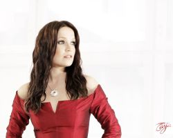 Tarja Simple Red by the-kinslayer