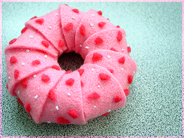 Pink Donut is Pink by vinnick