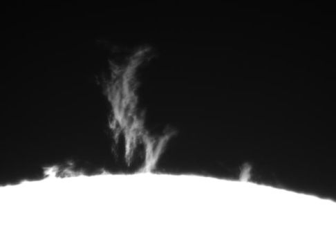 Solar prominence animation by GreatAttractor