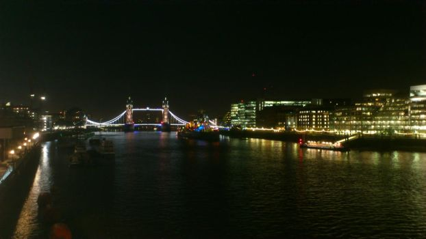 London - Tower Bridge - Nightshot by zee2abc1
